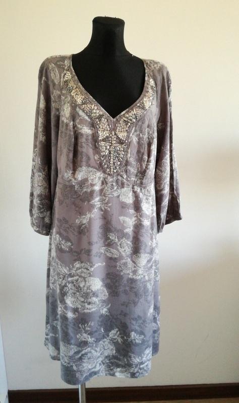 Sukienka firmy Pepperberry 18 46