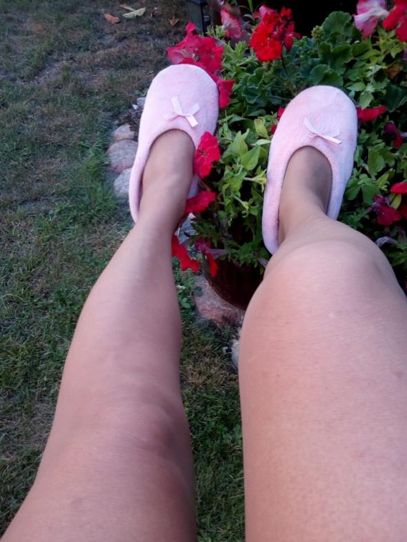 Swietne różowe bamboszki