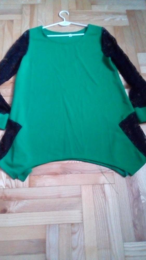 Zielona bluzka z czarną koronką L
