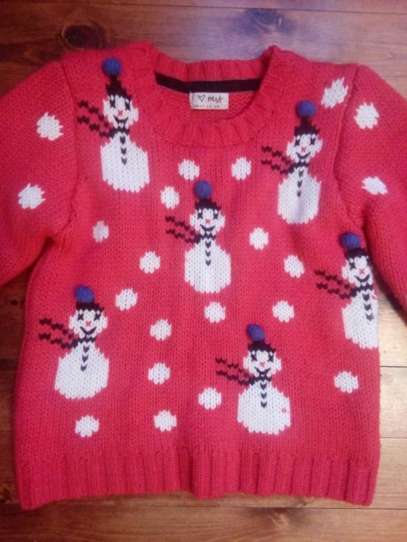 Sweter w bałwanki