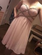 śliczna sukieneczka koraliki perełki...