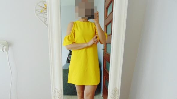 Zara piękna cytrynowa sukienka z falbanami