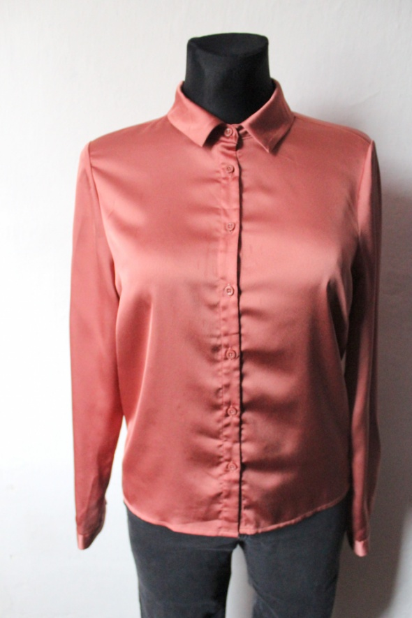 Koszule Koszula na długi rękaw w kolorze koralowym r L