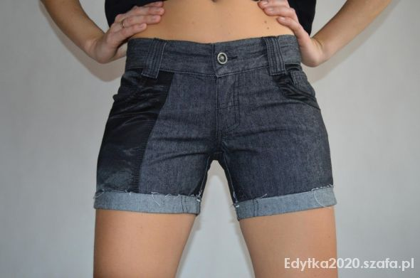 Spodenki Spodenki krótkie jeansowe BERSHKA rozmiar S