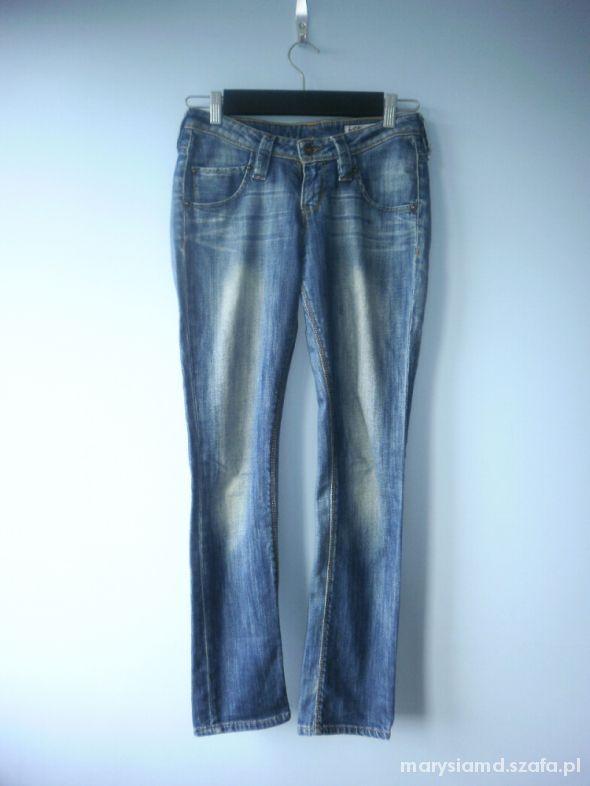 Lee jeansy rurki jak nowe 27 32