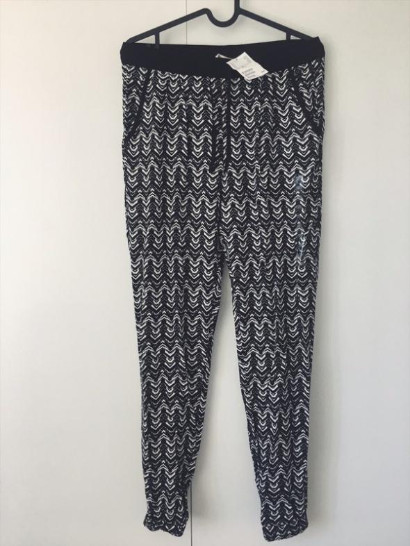 nowe z metkami spodnie wzory print H&M 158 S M...