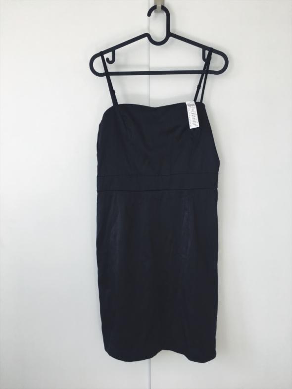 Suknie i sukienki nowa z metkami mała czarna dopasowana lindex 38