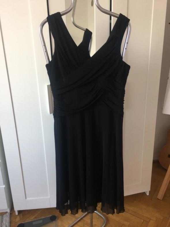 Suknie i sukienki Czarna sukienka Next rozm 46