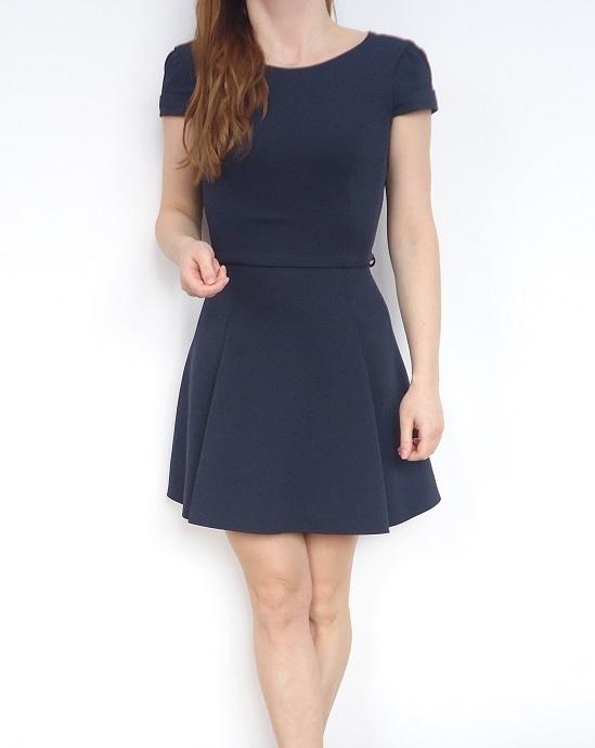 sukienka fakturowa rozkloszowana 36...