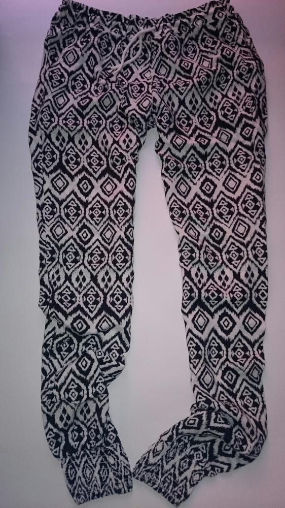 Spodnie xs s haremki...