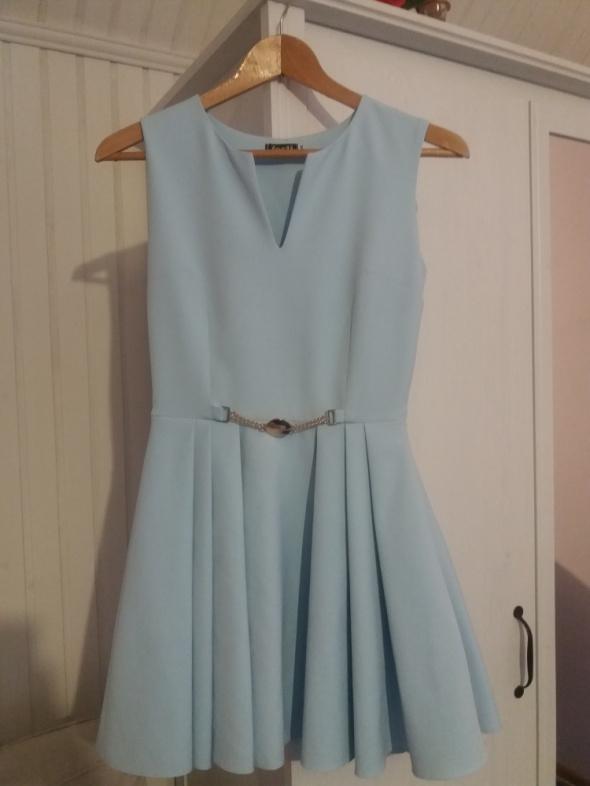 Niebieska sukienka rozmiar XS w Suknie i sukienki Szafa.pl