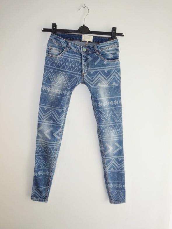 Pull&Bear wzorzyste spodnie rurki jeans dżinsy 36 S...