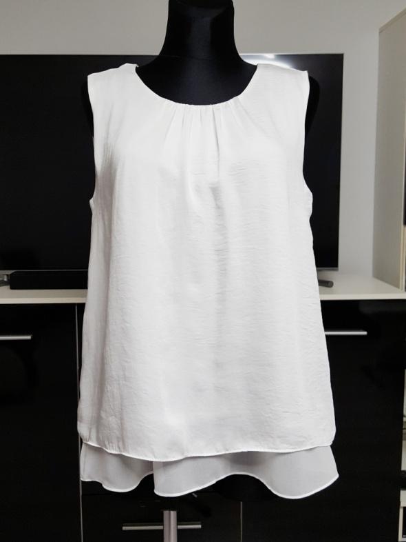 śniezno biała bluzka z szyfonem C&A...
