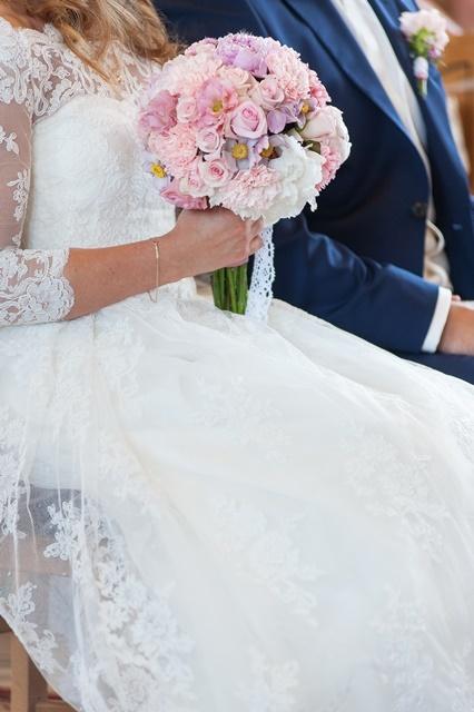 Idealna koronkowa suknia ślubna roz S