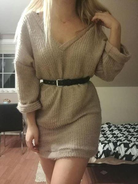 Sukienka sweterkowa swetrowa oversize pudrowy róż Mosquito