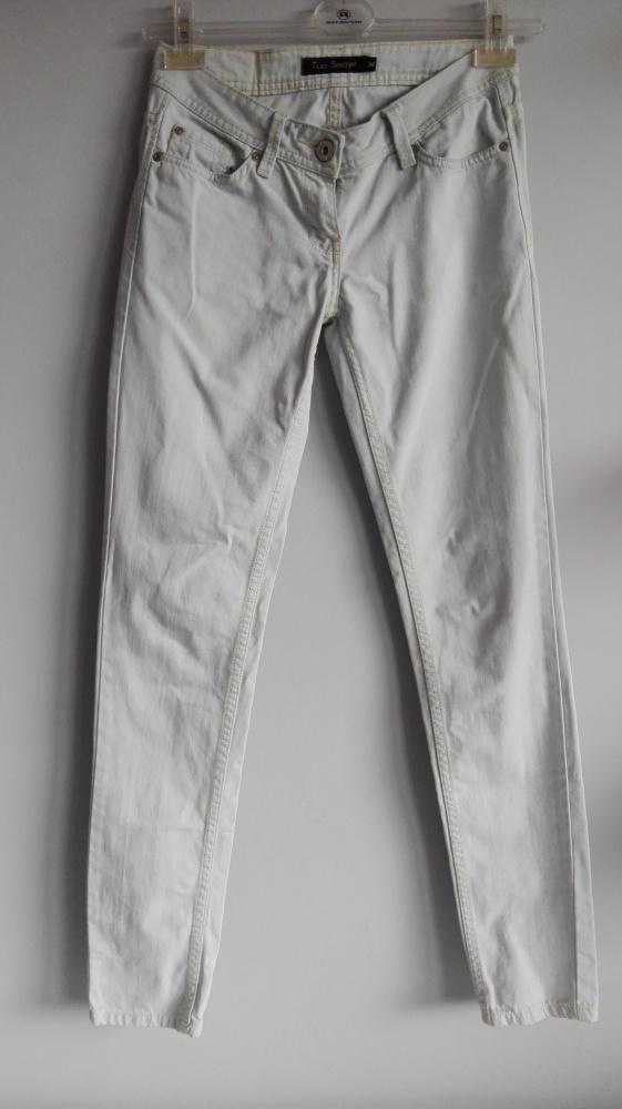 Spodnie Top Secret XS...
