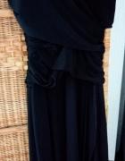 Czarna wieczorowa suknia...