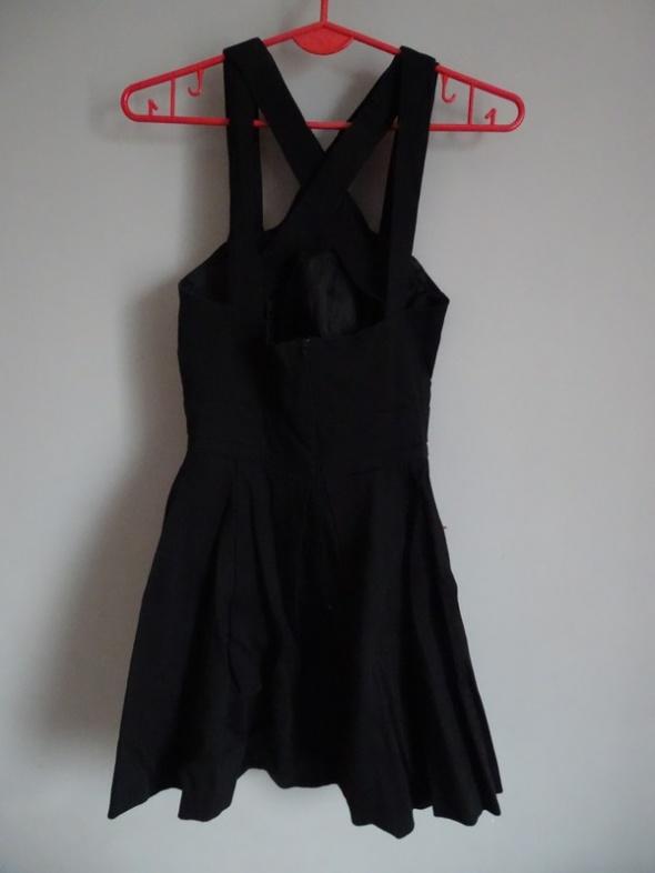 Czarna sukienka Asos rozm38 36...