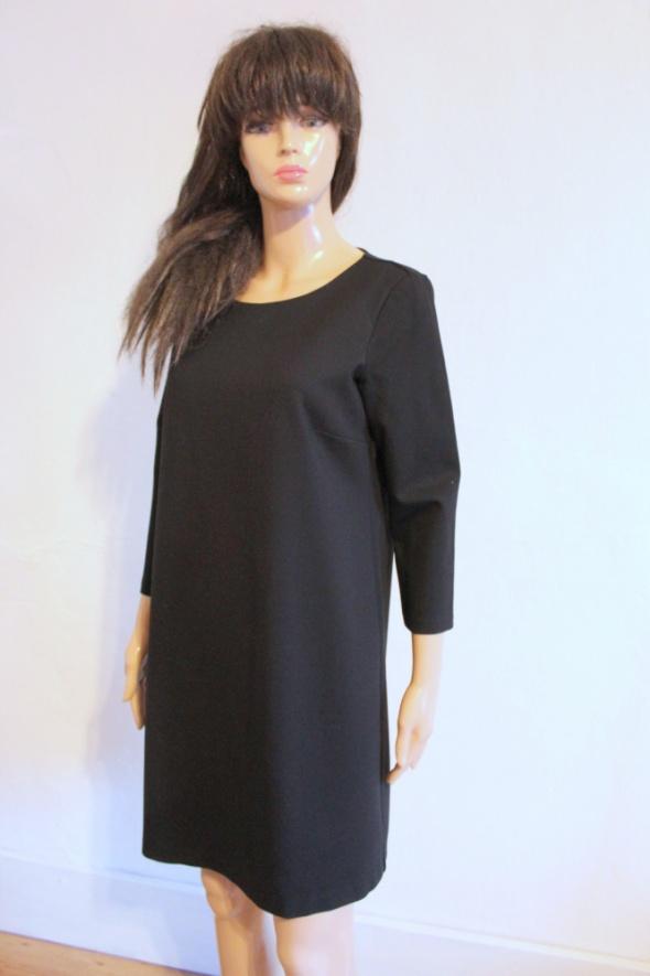 Czarna trapezowa sukienka r M...