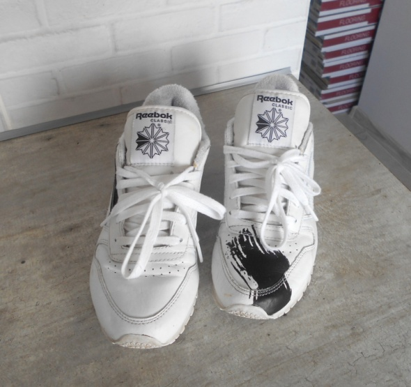 Reebok X Face Stockholm adidasy białe sneakers plamy farby...