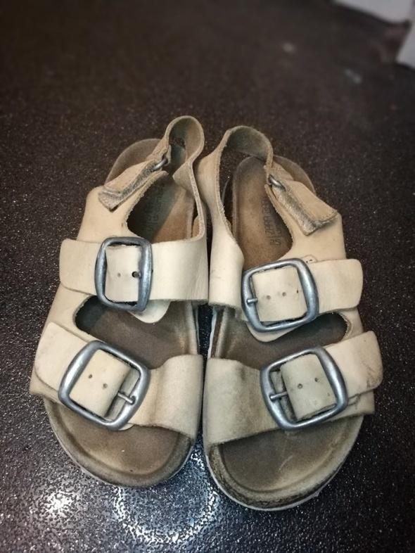 Chłopięce sandałki ZARA 25