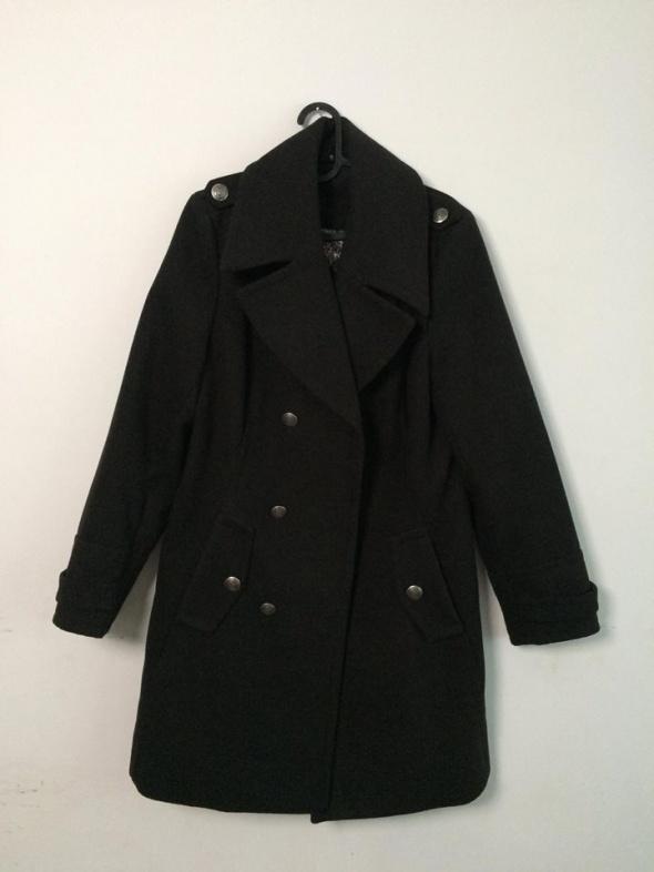 Płaszcz militarny...
