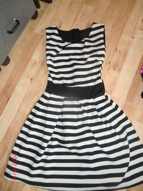 Suknie i sukienki Sukienka w paski 34 xs