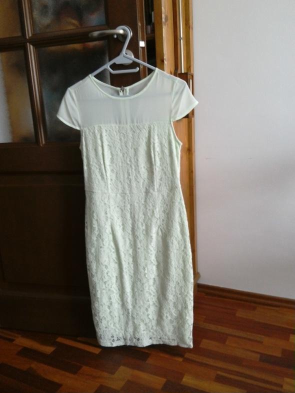 Miętowa sukienka Dorothy Perkins...