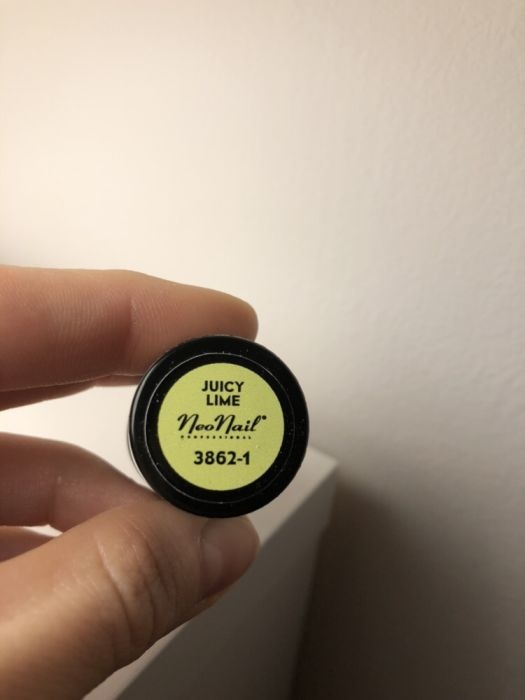 nowy lakier hybrydowy neonail juicy lime