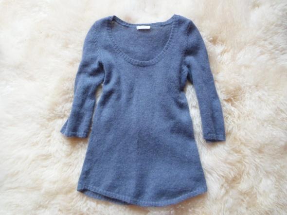 Swetry Niebieski sweterek włochacz Promod