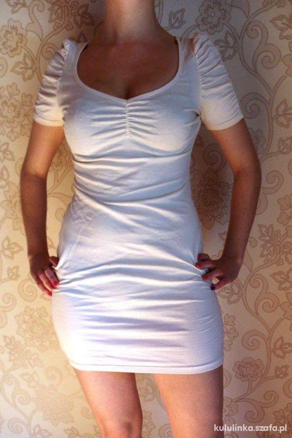 Suknie i sukienki H&M Sukienka pudrowy róż nude bufki brzoskwiniowa