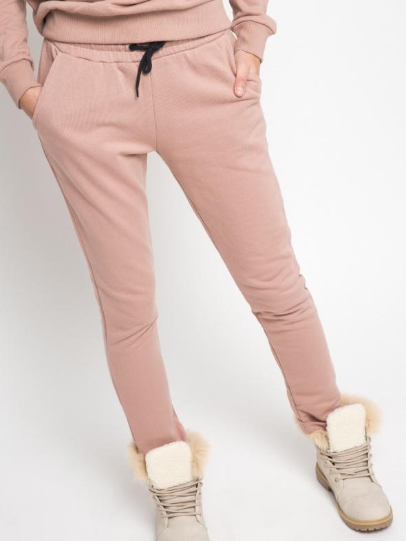 spodnie dresowe Yups L 40 Nowe pudrowy róż
