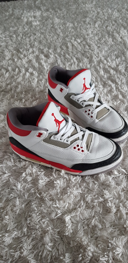 AIR JORDAN RETRO 3 FIRE