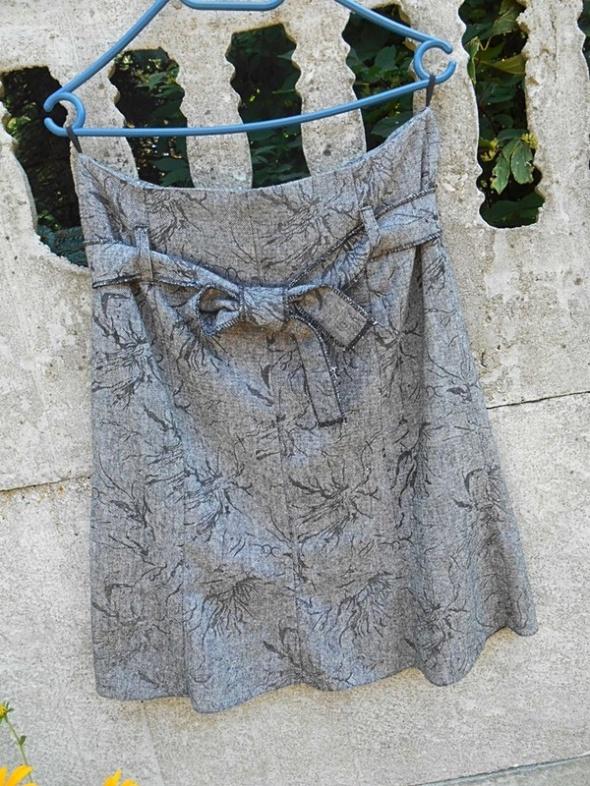 Spódnica 38 M 40 L jesień zima jak Nowa