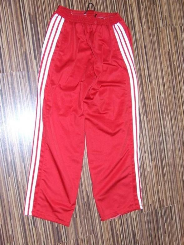 spodnie dresowe Adidas rozmiar 134...