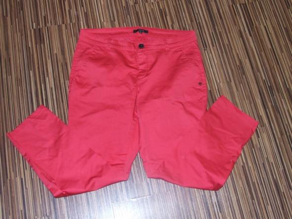 czerwone spodnie Comma rozmiar 38