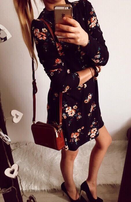 Sukienka Damska rozkloszowana C&A rozmiar L