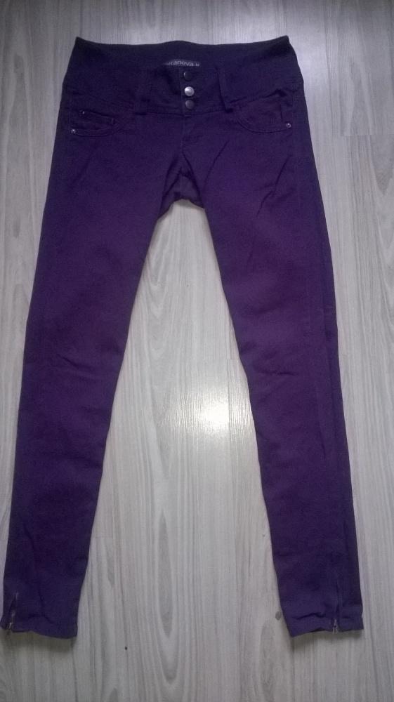 Spodnie rurki Terranova