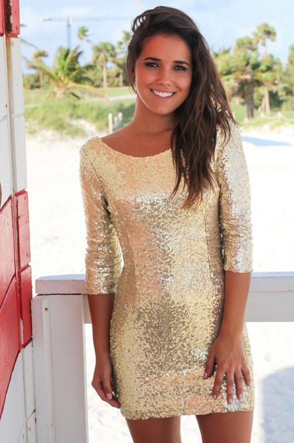 Elegancka złota sukienka z cekinami