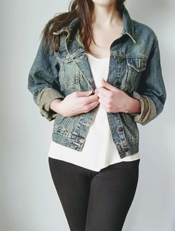Kurtka jeansowa postarzana