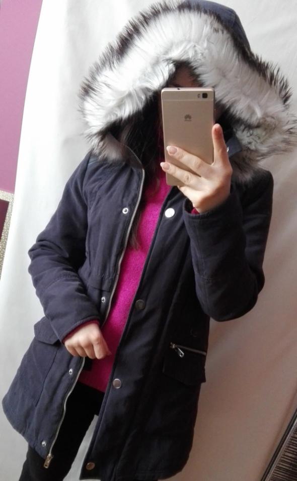 Granatowa kurtka parka New Look z futerkiem rozmiar XS