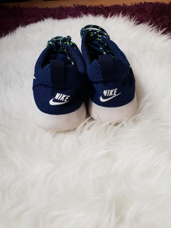 Adidasy Nike 37
