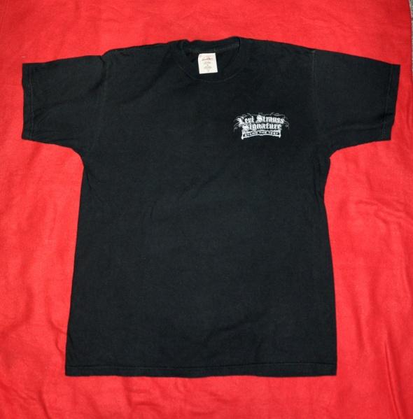 czarna koszulka Levi Strauss