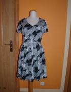 Letnia zwiewna sukienka rozmiar M...