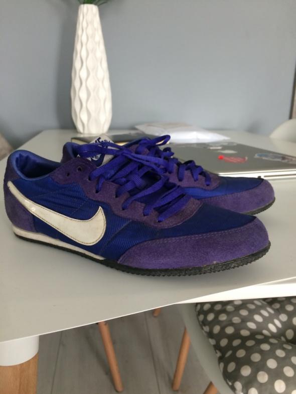 Buty Nike 365cm...