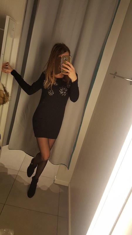 Czarna sukienka sweterek z perelkami miss selfridge s