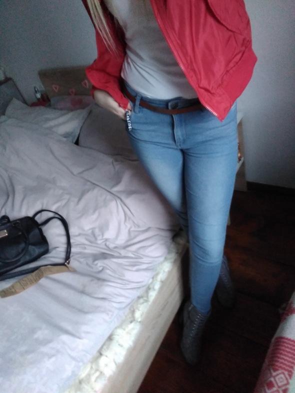 Spodnie rurki jeansy podwyższony stan xs s