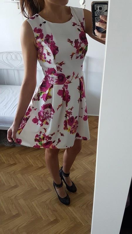 VUBU sukienka floral kwiaty zakładki