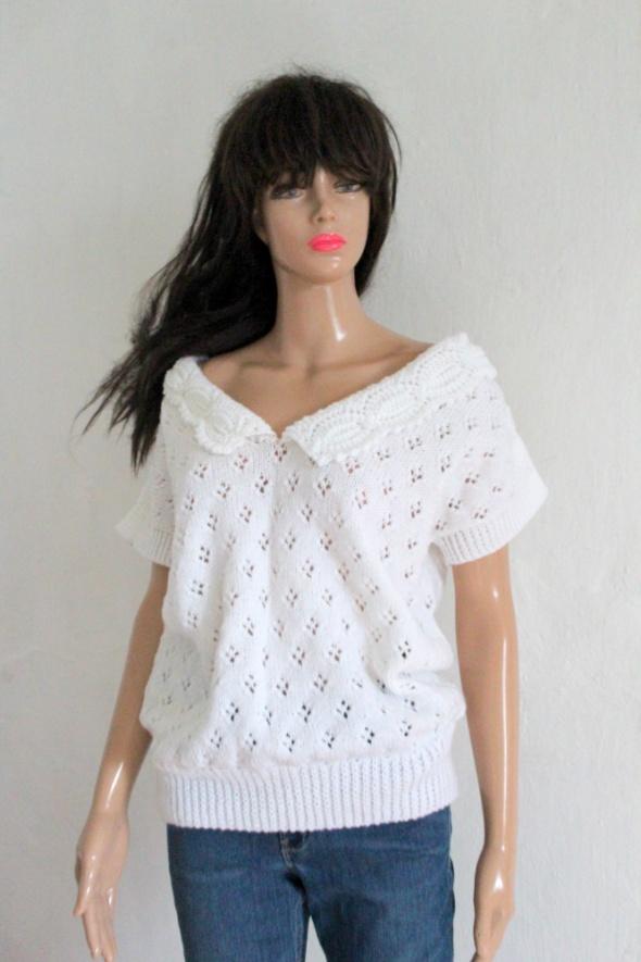Biały sweterek robiony na drutach r uniwersalny...