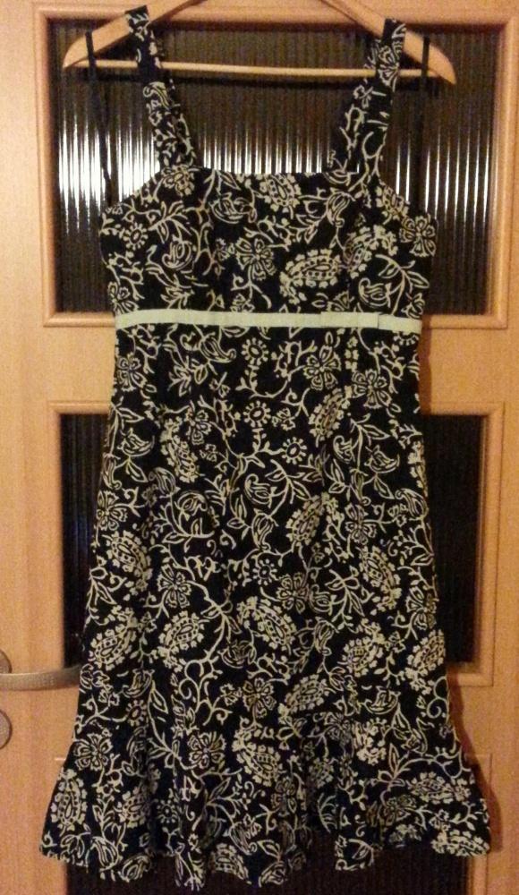Śliczna czarno biała sukienka rozmiar L 40